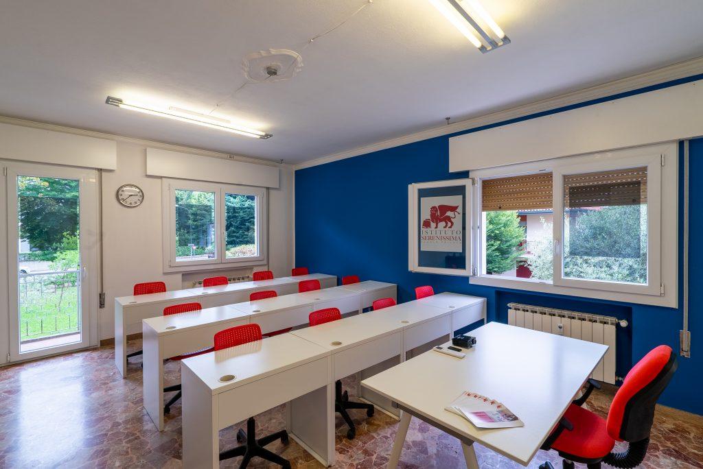 Liceo Scientifico Mirano, scuola privata